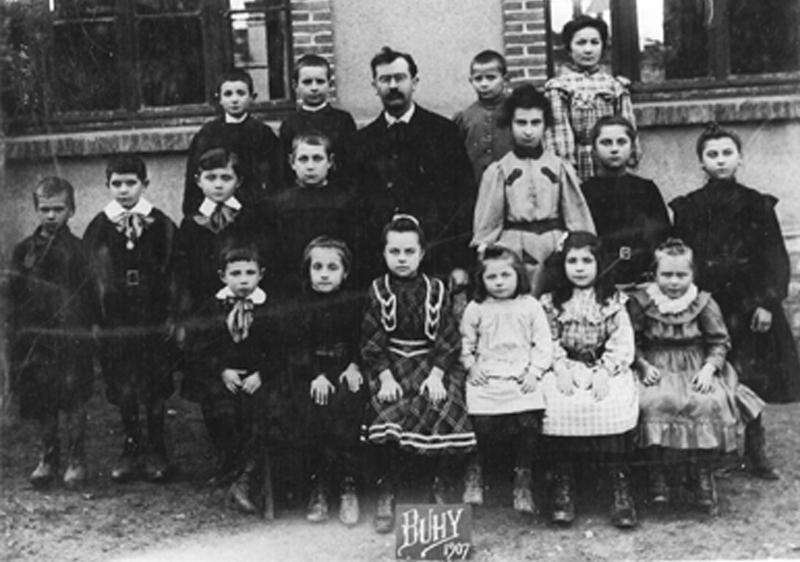 L'école de Buhy en 1907